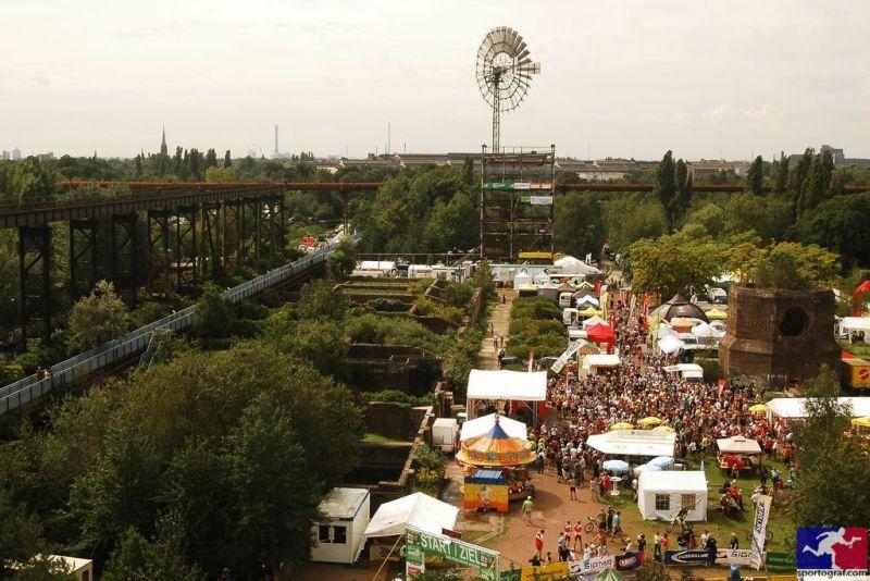 24h_Duisburg_overview_Siegerehrung_bysportograf.jpg