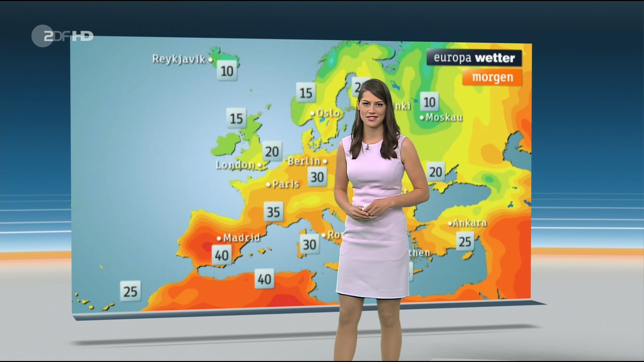 Christa_Stipp_-_ZDF_Wetter_720p_2017_06_14.00_00_16_30.Still003.jpg