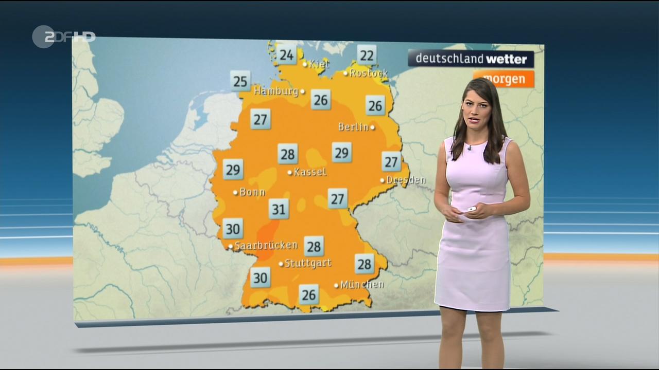 Christa_Stipp_-_ZDF_Wetter_720p_2017_06_14.00_00_38_17.Still005.jpg
