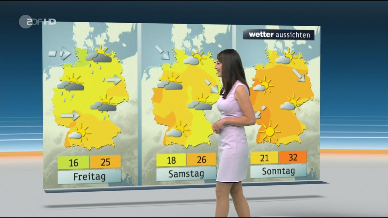 Christa_Stipp_-_ZDF_Wetter_720p_2017_06_14.00_01_10_08.Still008.jpg