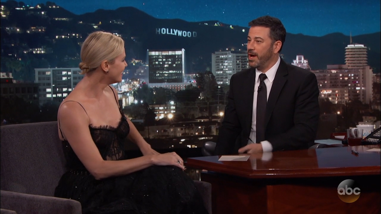 Charlize_Theron_-_Jimmy_Kimmel_720p_2017_06_12.00_06_22_29.Still008.jpg