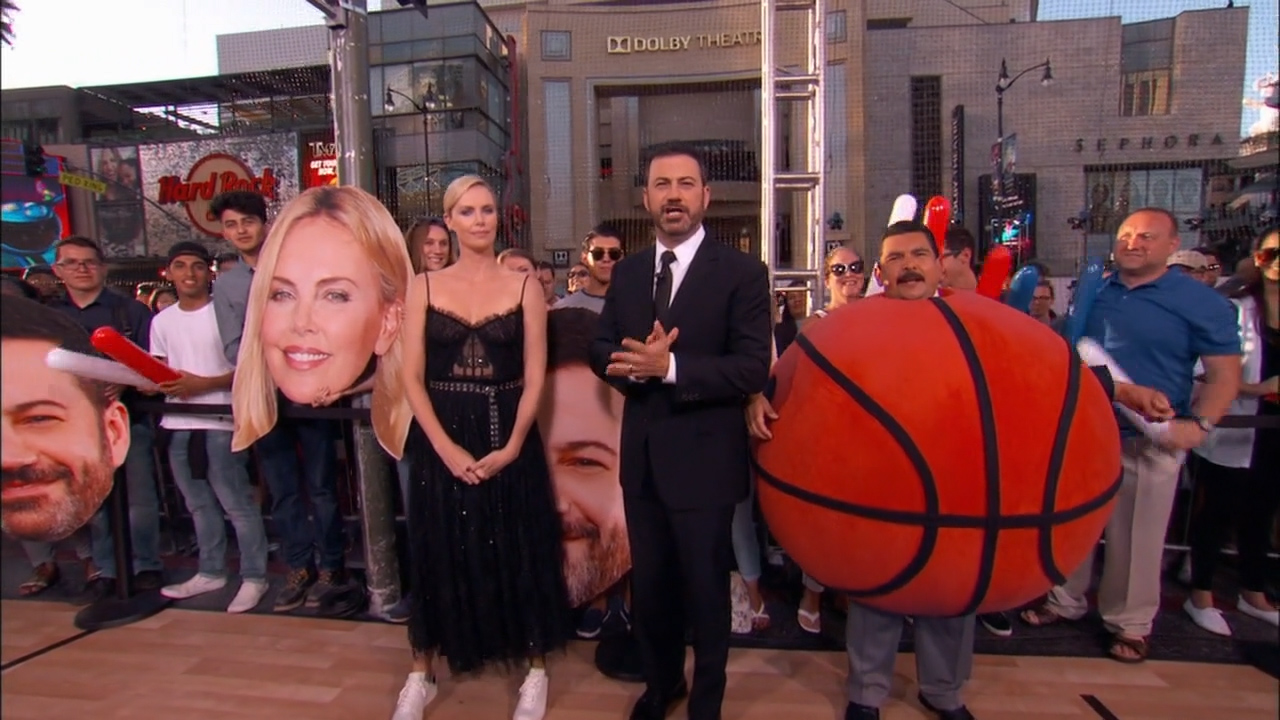 Charlize_Theron_-_Jimmy_Kimmel_720p_2017_06_12.00_07_12_13.Still010.jpg