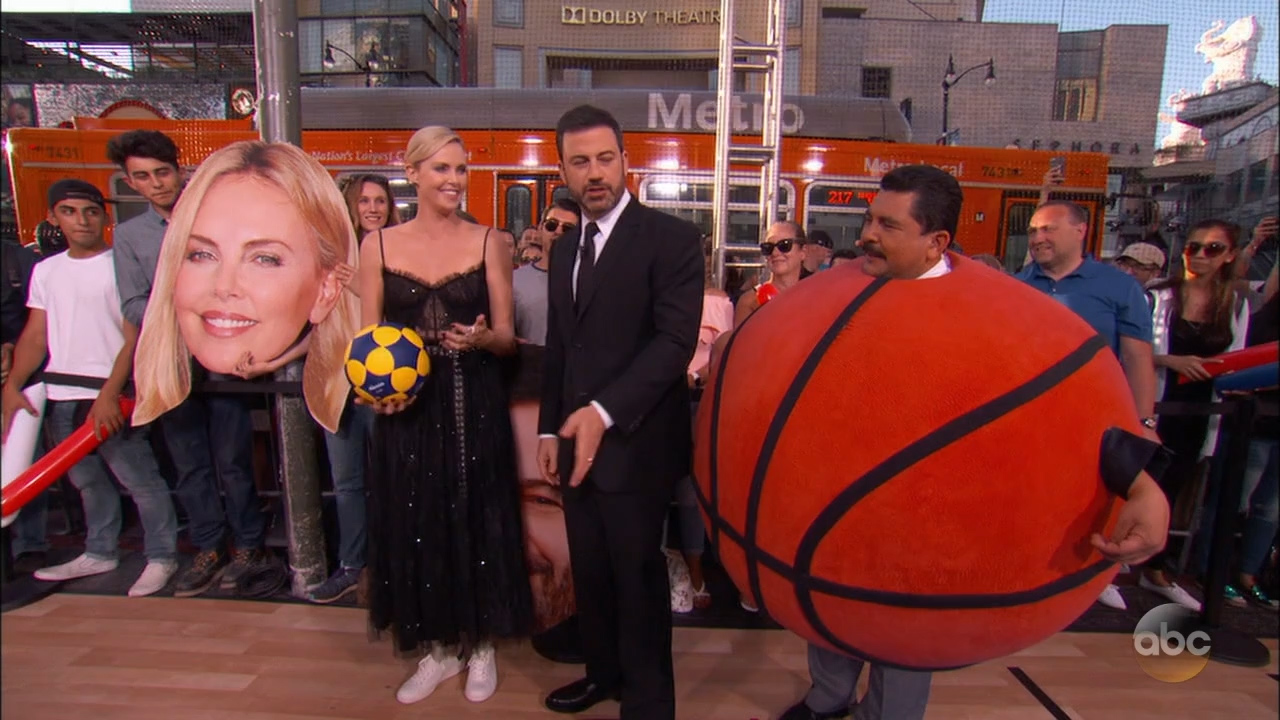 Charlize_Theron_-_Jimmy_Kimmel_720p_2017_06_12.00_08_09_05.Still011.jpg