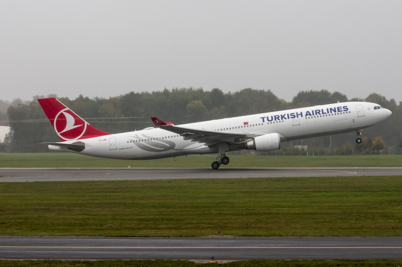 A330-303_TC-LND_FH_HH_20181018_0053a01.jpg